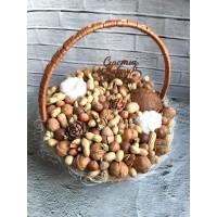 Корзина орехов-2