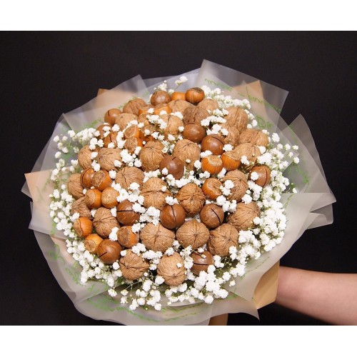 Букет из орехов «Ореховая нежность»